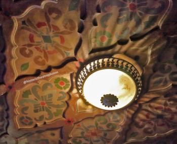 The Belasco, Los Angeles: Balcony soffit light