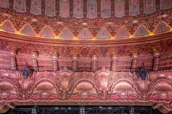 The Belasco, Los Angeles: Plasterwork detail above Proscenium