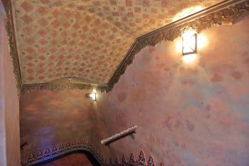 The Belasco, Los Angeles: Balcony stairwell