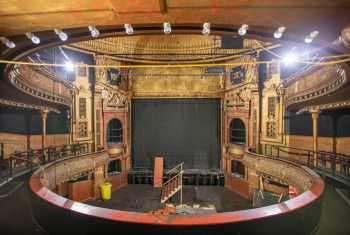 Citizens Theatre, Glasgow: Dress Circle Center