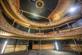 Citizens Theatre, Glasgow: Auditorium from Stalls front House Right