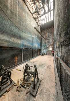 Citizens Theatre, Glasgow: Panoramic view of Paintshop