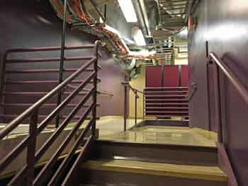 Dolby Theatre, Hollywood: A typical backstage corridor