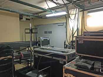 Dolby Theatre, Hollywood: Media Pit Access And Storage Room