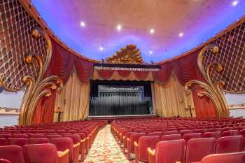 Fox Theater Bakersfield: Orchestra Left Aisle