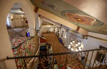 Fox Theater Bakersfield: Overlooking Main Lobby