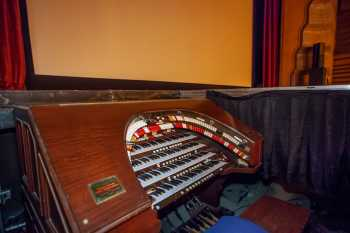 Visalia Fox Theatre: Organ Console