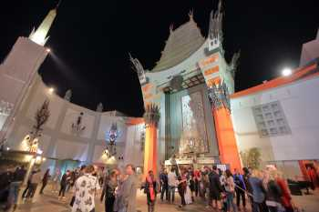 Hollywood Boulevard Entertainment District: TCL Chinese Theatre at night
