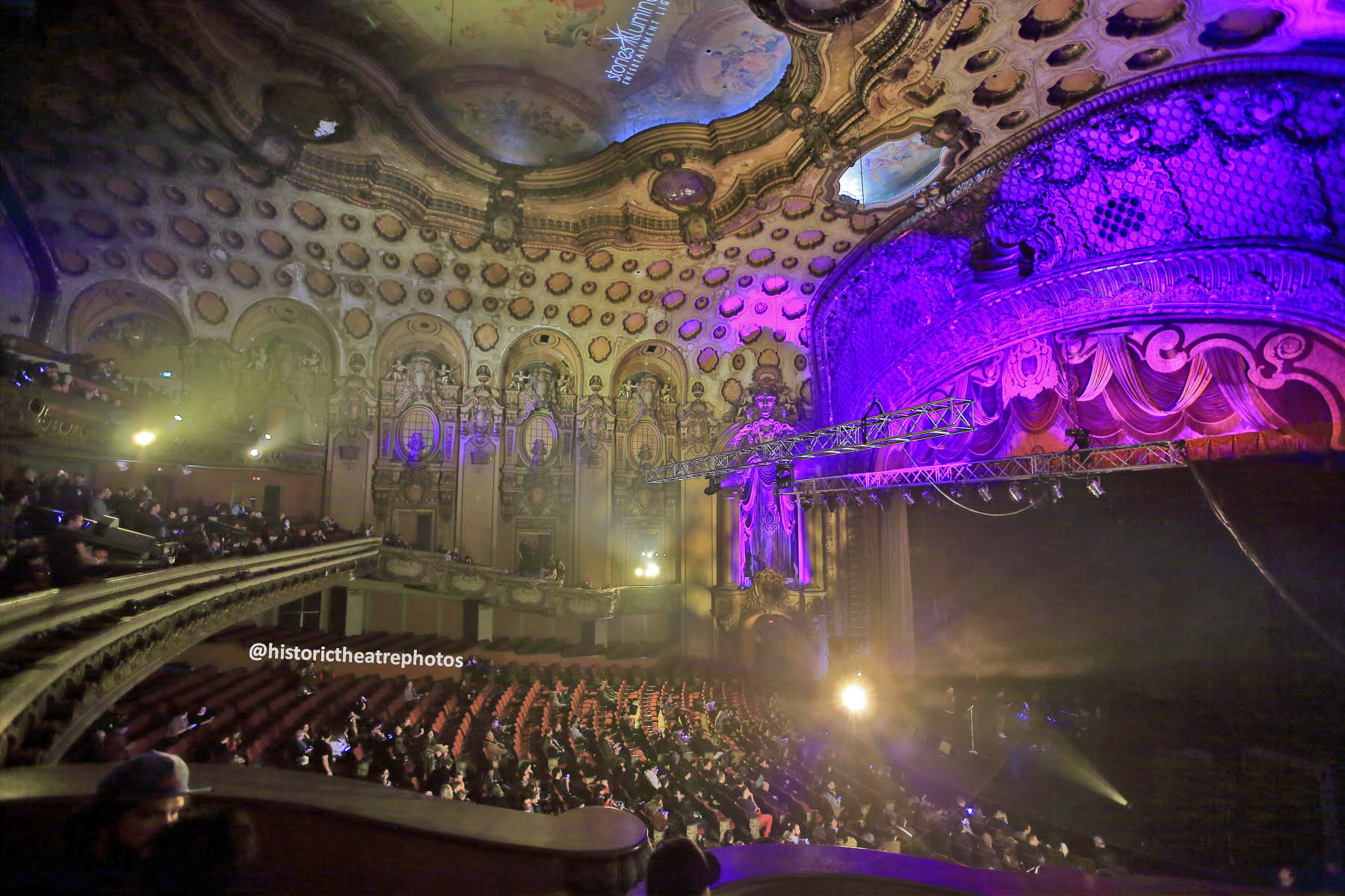 Los Angeles Theatre: Night On Broadway 2017