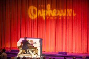 Mighty Wurlitzer Organ With Organist Mark Herman