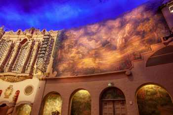 Orpheum Theatre, Phoenix: House Right Mural