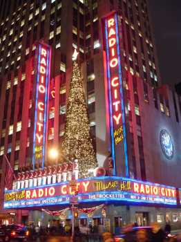 Radio City Music Hall, New York: Radio City at Christmas