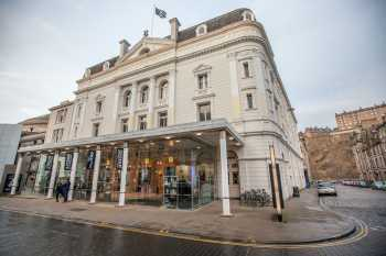 Royal Lyceum Theatre Edinburgh: Exterior right side