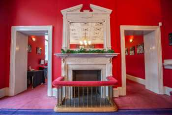 Royal Lyceum Theatre Edinburgh: Fireplace leading to Bar