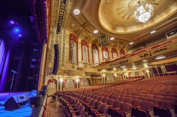 Warner Theatre, Washington DC: Auditorium from front of Stage