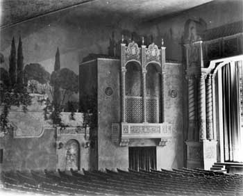 Circa 1937 view of the Auditorium at House Left, from the Security Pacific National Bank Collection held by the Los Angeles Public Library (JPG)