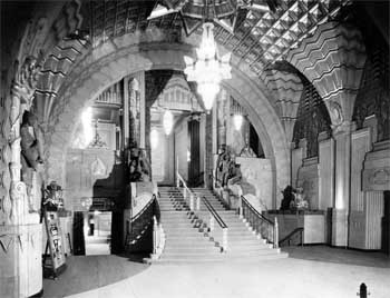 Lobby circa 1930, courtesy Los Angeles Public Library (JPG)