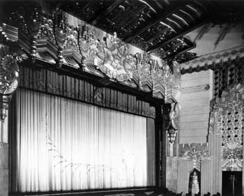 Proscenium as photographed in 1930 (JPG)