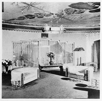 "Photograph of the basement lounge, as featured in the 21st November 1931 edition of ""Motion Picture Herald"" (JPG)"